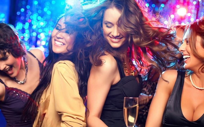Девки на вечеринке фото фото 636-444