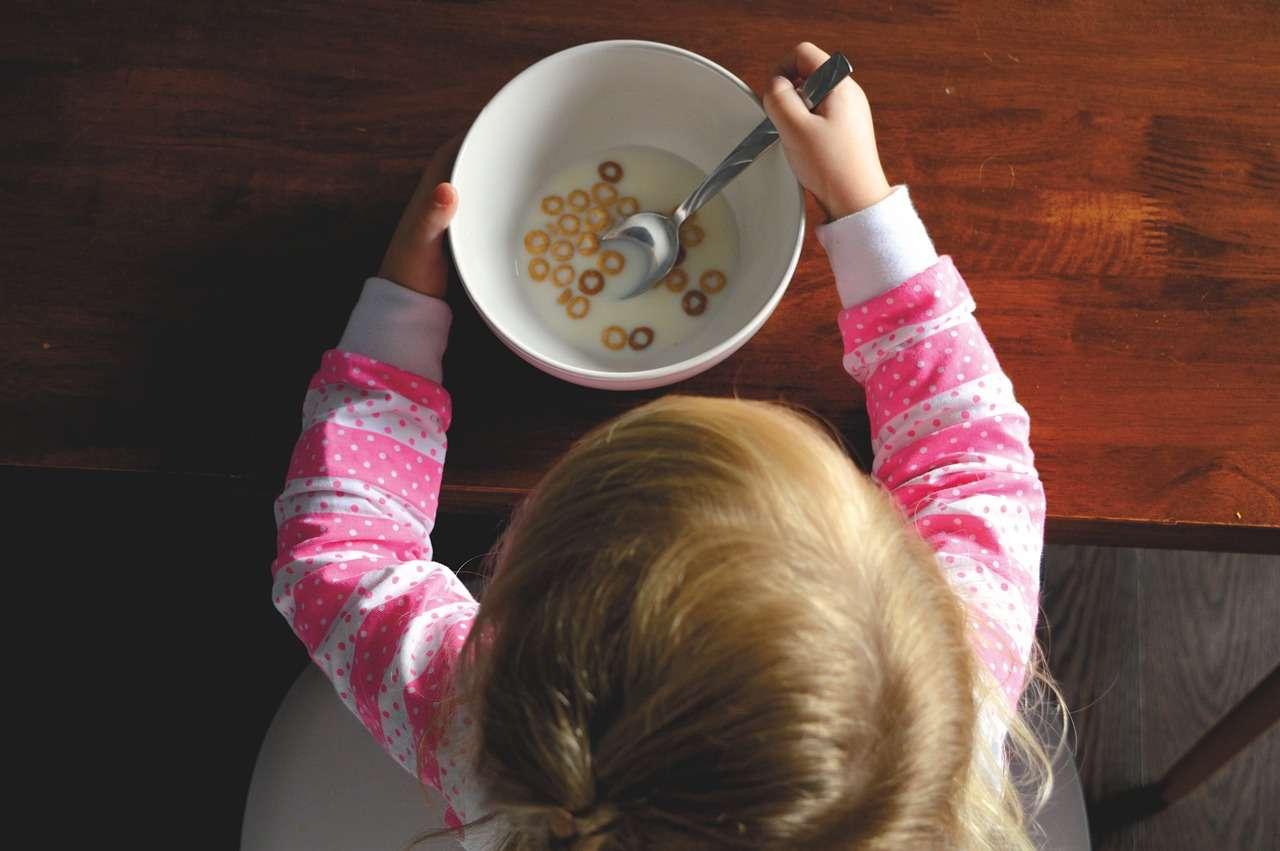 ребенок еда